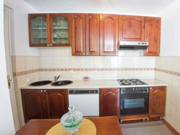 apartman-helios-mostar-kitchen