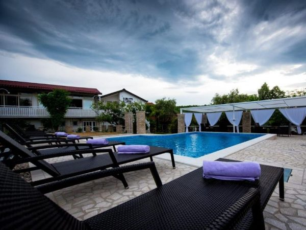 holiday home Medo Drinovci Grude luxury villa with swimming pool - outdoor activities and nature