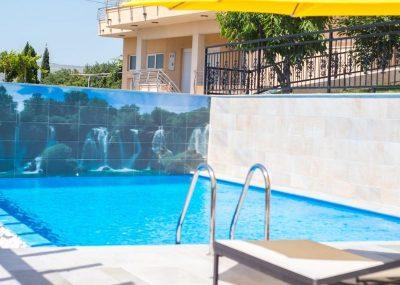 vila-filipovic-mostar-gnojnice-rooms-2vila-filipovic-mostar-gnojnice-pool-4