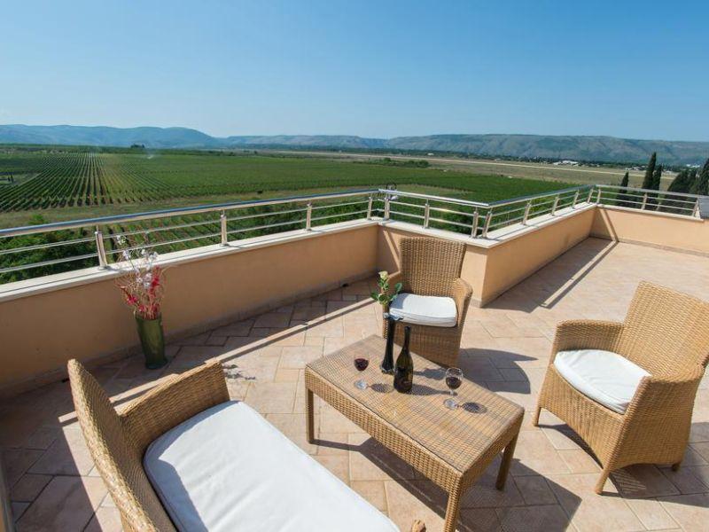 vila-filipovic-mostar-gnojnice-view-from-terrace-2