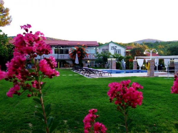 holiday home Medo Drinovci Grude luxury villa with swimming pool - family or groups welcomed