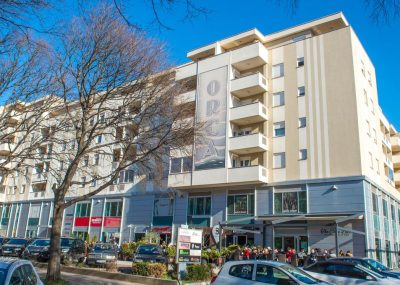 Mostar Apartman Orca - Konforman stan sa blakonom u blizini Mepass Mall