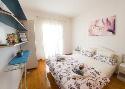 Mostar Apartman Orca - Konforman stan sa blakonom u blizini Mepasa bračnim krevetom Mall - Soba sa duplim krevetom za dvije osobe
