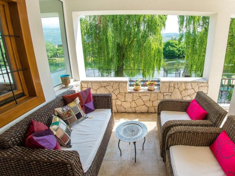 vila-verde-blagaj-mostar-terrace