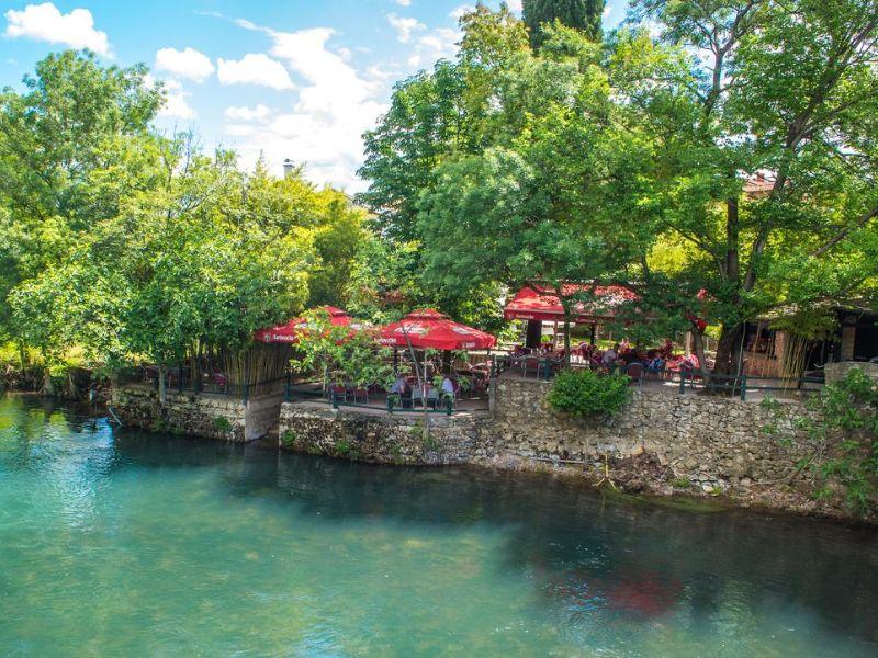 Charming Cottage with Private River -kuca-rijeka-buna-mostar-5