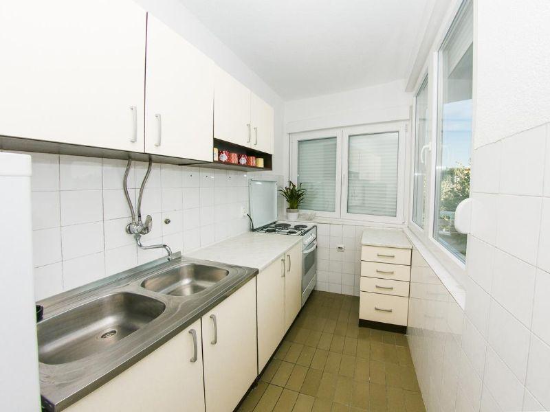 apartman-ella-čapljina-kuhinja