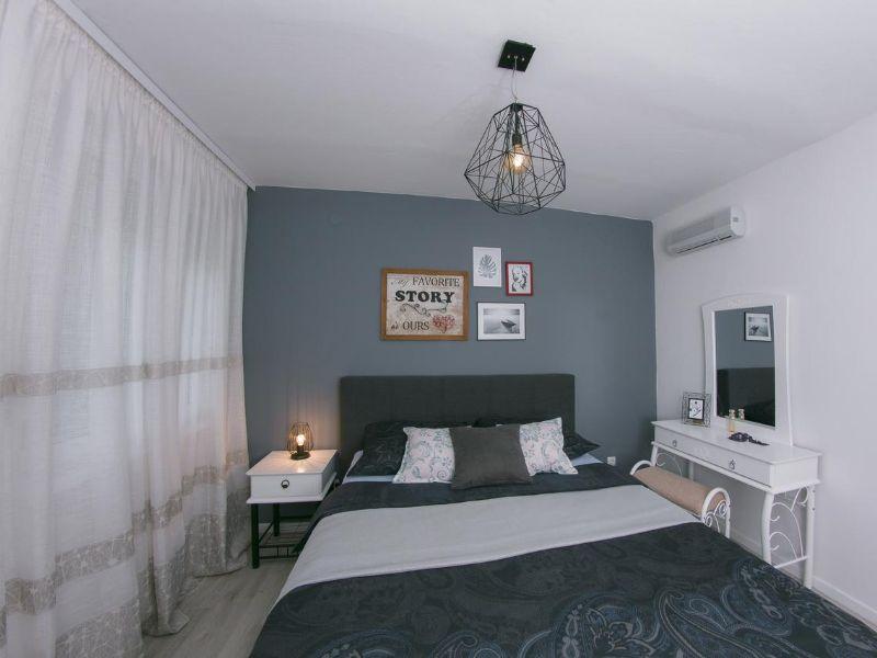 apartman-ella-čapljina-soba-sa-bračnim-krevetom