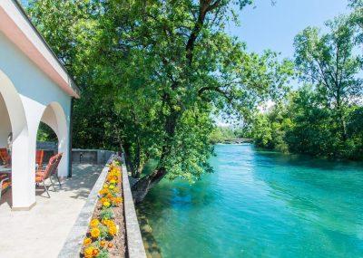 Vila Idila Buna Mostar Vila sa otvorenim bayenom i privatnom plažom Pogled na rijeku Bunu 2