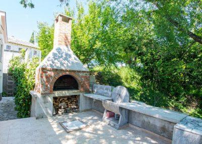 Vila Idila Buna Mostar Vila sa otvorenim bayenom i privatnom plažom ' roštilj