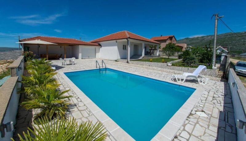 Villa Buna Breeze - Hit Booker