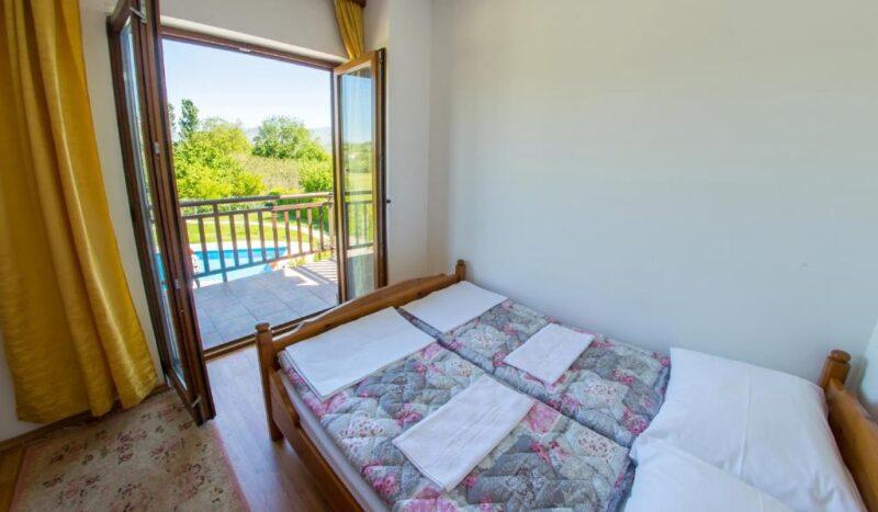 Luxury Beachfront villa Frida